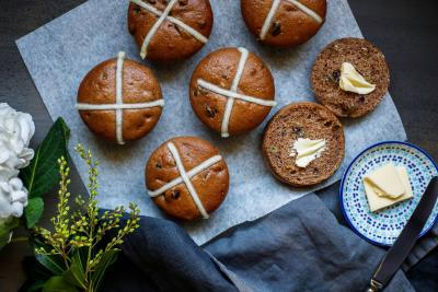 5 things you didn't know about hot cross buns